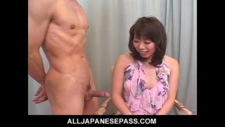 Unskilled Milf in a Short Skirt Jerks and Blows a Dick During an Interview